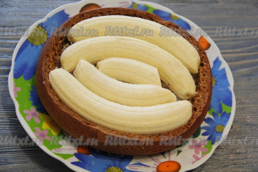 Торт бисквит банан сметана