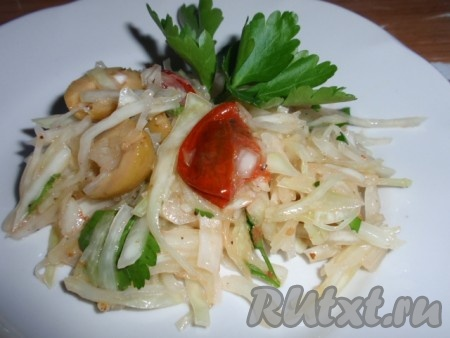 Салат с капустой - 211 рецепт приготовления пошагово ...