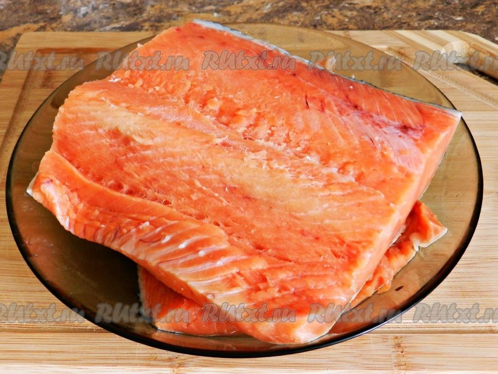 Как засолить рыбу кета