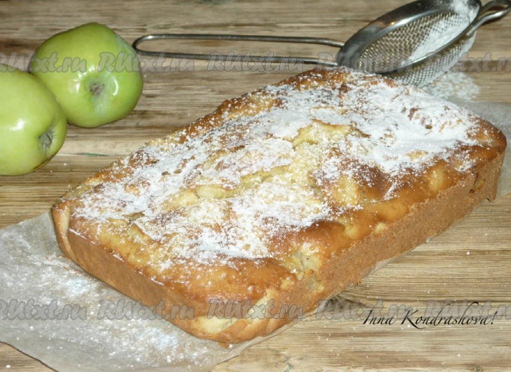 Рецепт шарлотки с молоком и яблоками