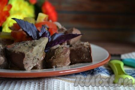 Баранья печень, приготовленная по этому рецепту, получается вкусной и очень нежной.