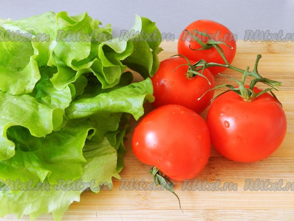 Салат с тунцом помидорами и стручковой фасолью 5