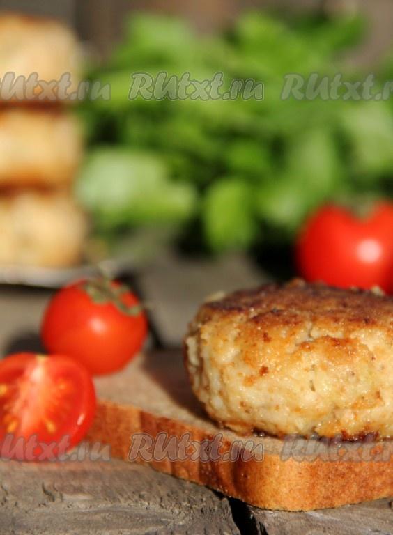 Рецепт рыбных котлет из минтая с салом