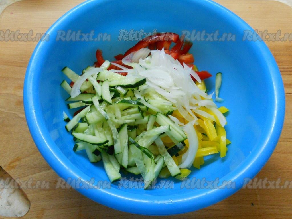 Как сделать салат из перца и риса 130