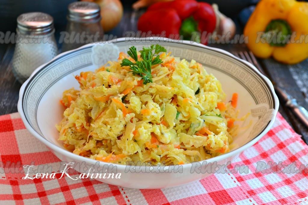 Жареная капуста с мясом на сковороде рецепт