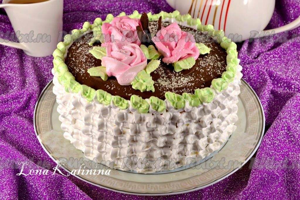 как приготовить вкусный бисквитный торт с белковым кремом