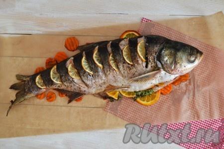 Ароматная рыба, с нежным вкусом готова. Подать на стол в горячем виде.
