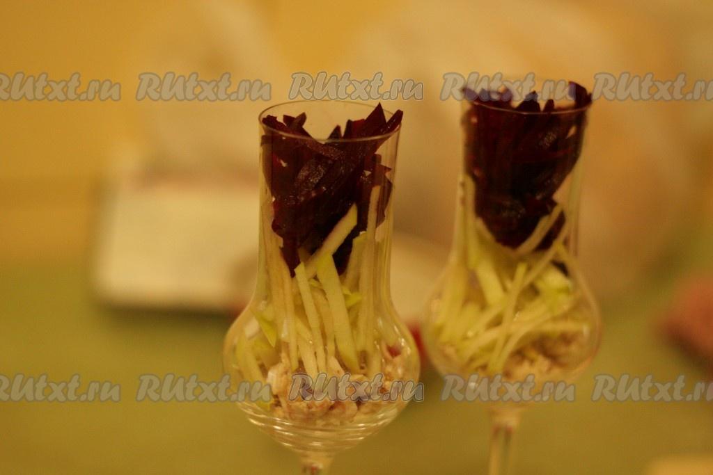 рецепт салата из кукурузы ананасов и шампиньонов