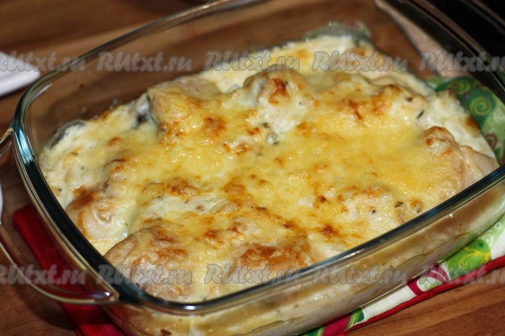 Куриная грудка в чесночном соусе в духовке рецепт
