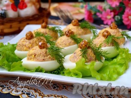 Яйцо фаршированное печенью трески рецепт с фото очень вкусный