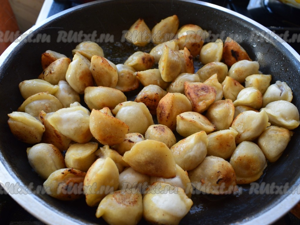 рецепт в пельменей в горшочках в духовке