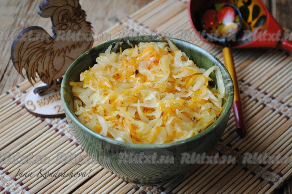 Жареная капуста с мясом на сковороде рецепт с пошагово