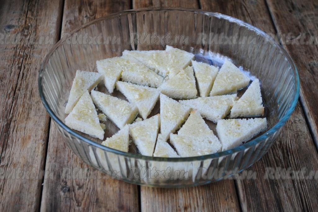 Сухарики с чесноком из белого хлеба