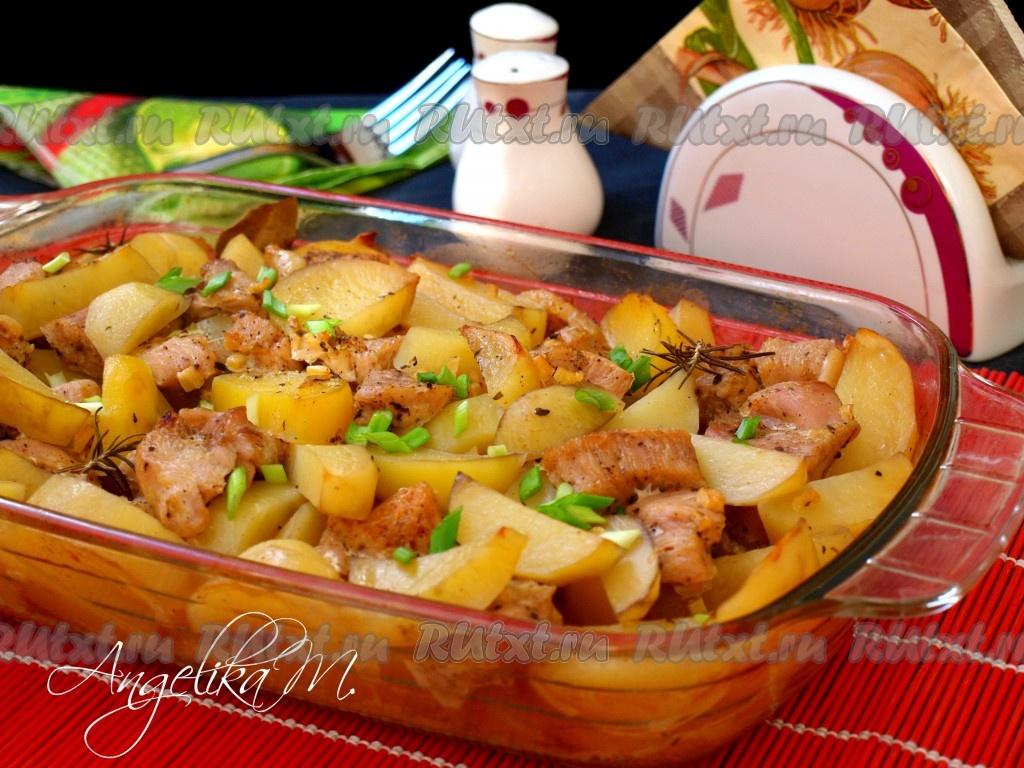 грудка индейки с картофелем в духовке