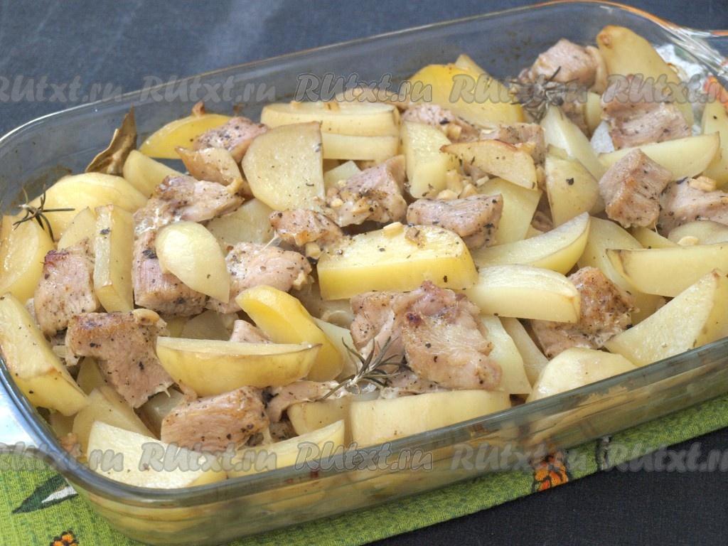 филе индейки в фольге в духовке с картошкой
