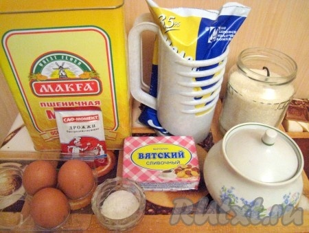 Ингредиенты для приготовления сдобного дрожжевого теста в хлебопечке