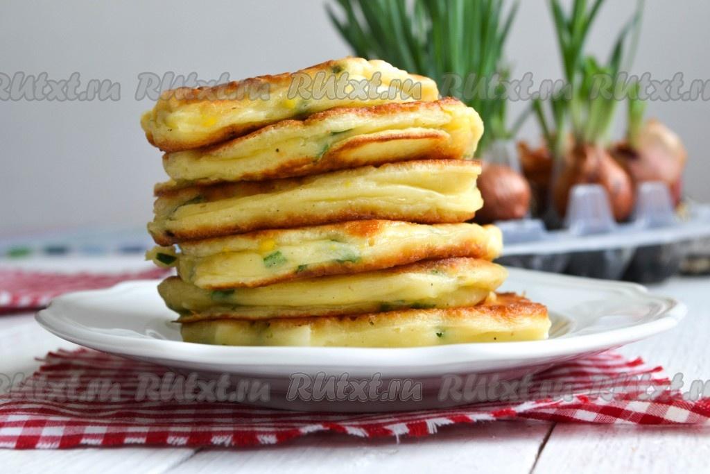 Рецепт оладьев на кефире с дрожжами и яйцом