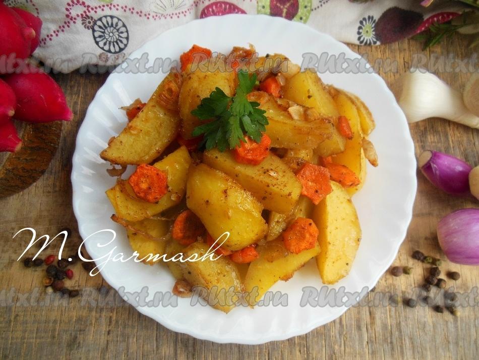 запеченная картошка с морковкой
