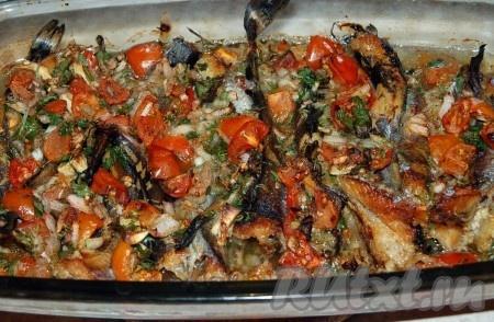 Через 30 минут достаем из духовки рыбку по-гречески.