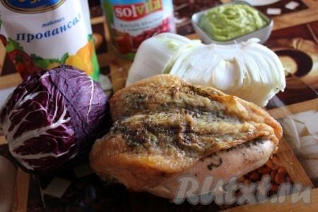 Ингредиенты для салата с курицей и красной фасолью