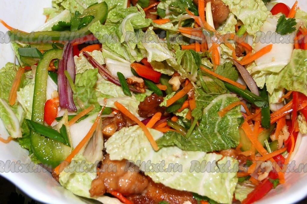 Салат домашний с курицей китайский