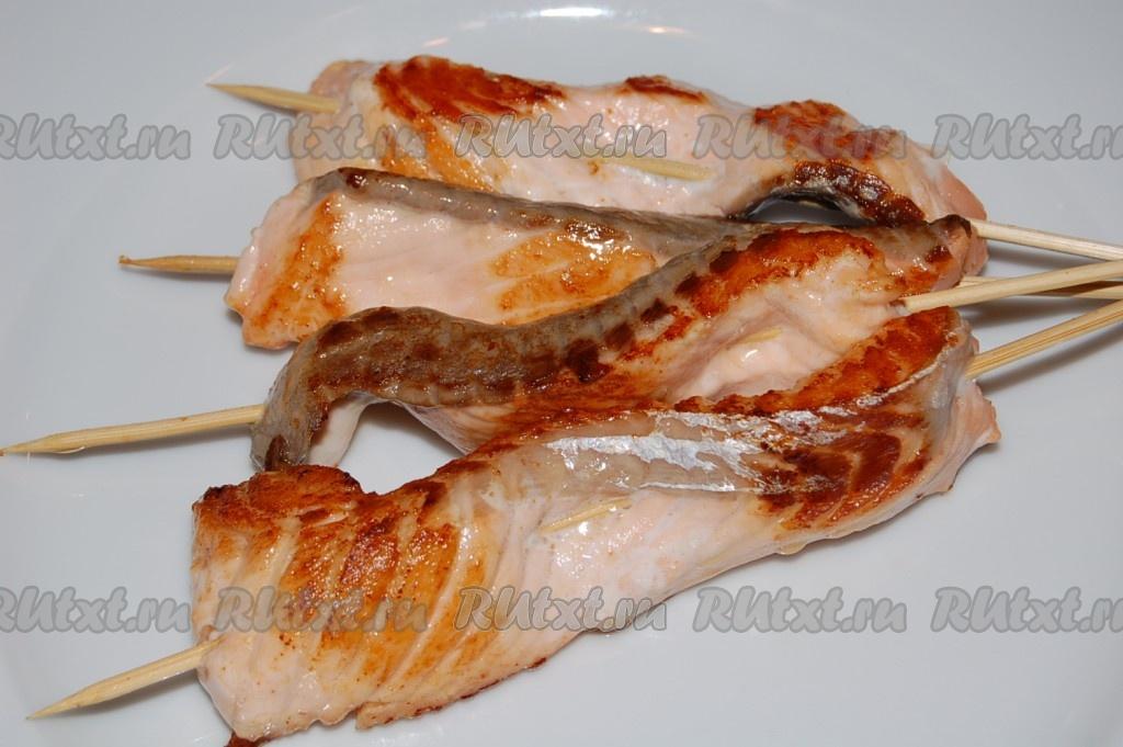 Блюдо из маринованных шампиньонов и курицы
