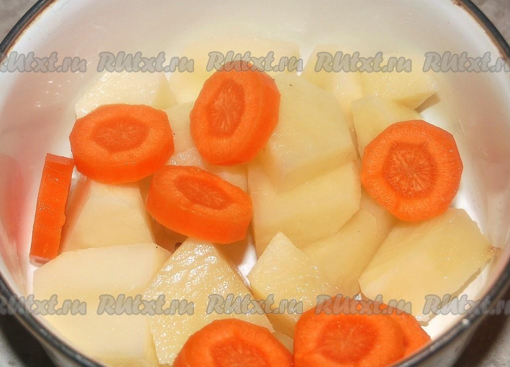 Сколько надо запекать картошку с мясом