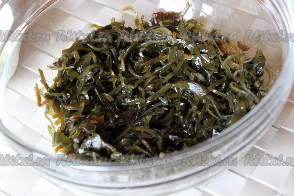 салат из морской капусты и морепродуктов рецепт