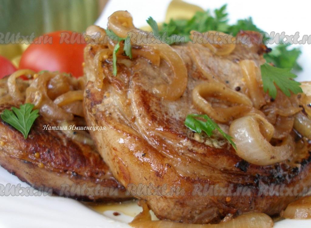 Свиные антрекоты в духовке с картошкой