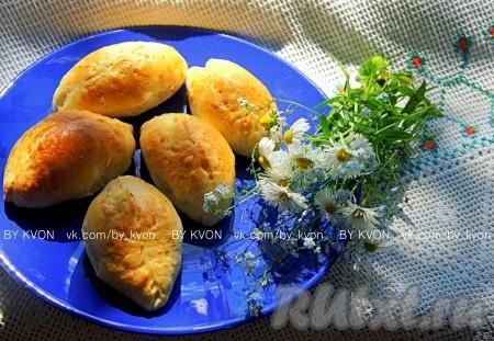 Как приготовить вкусные пирожки с капустой и яйцом на сковороде