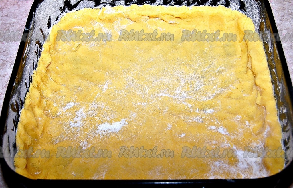 Тесто с маргарином для пирога фото
