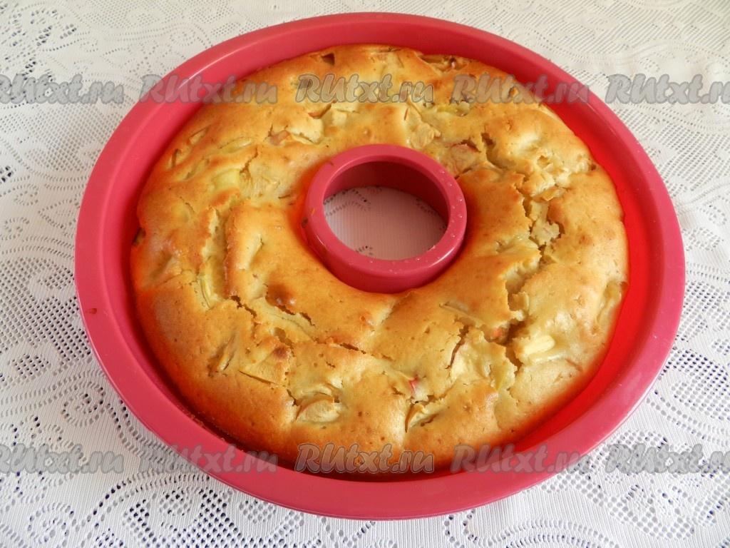 Пирог с яблоками на кефире рецепты с простые и вкусные