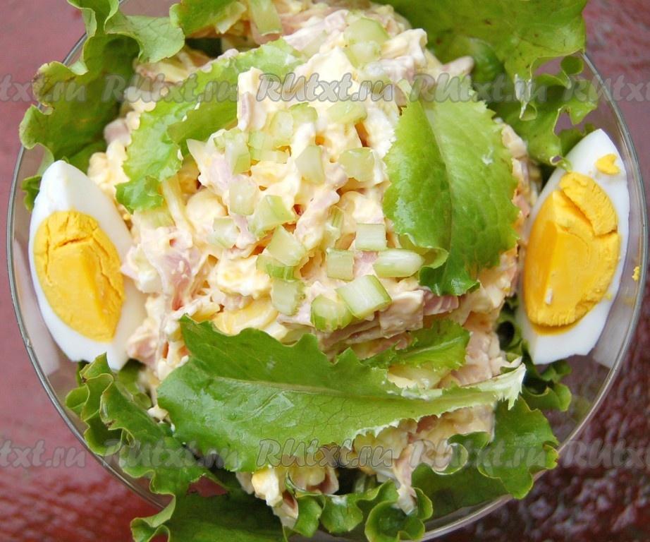 рецепт с листьями салата и сыром
