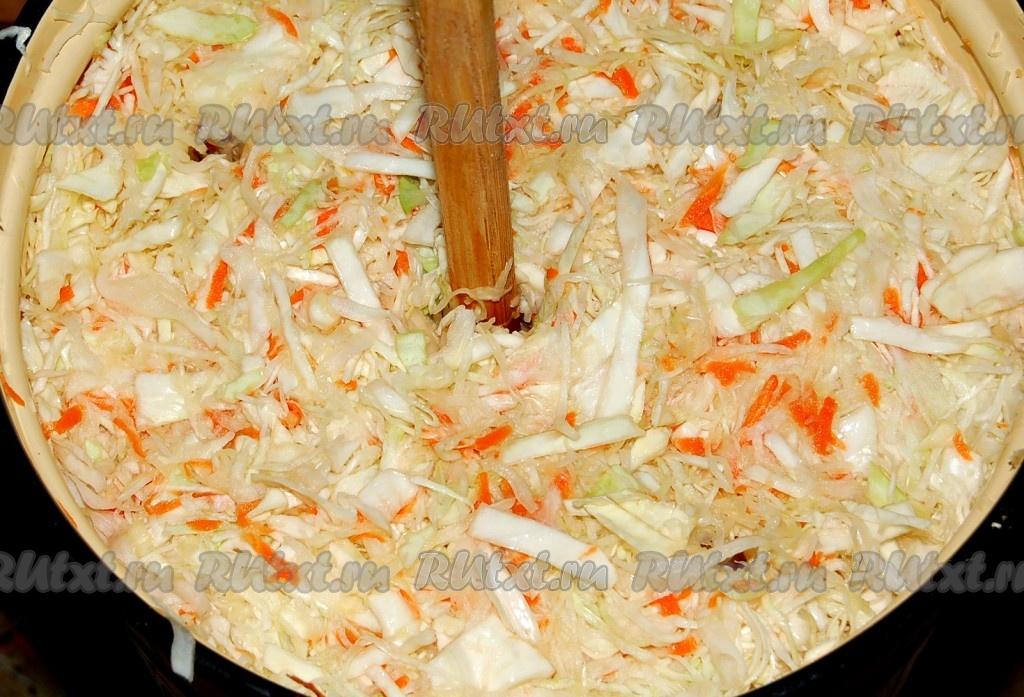 Рецепты квашеной капусты в бочке