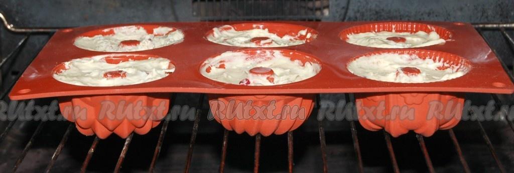 Кексы в силиконовых формочках
