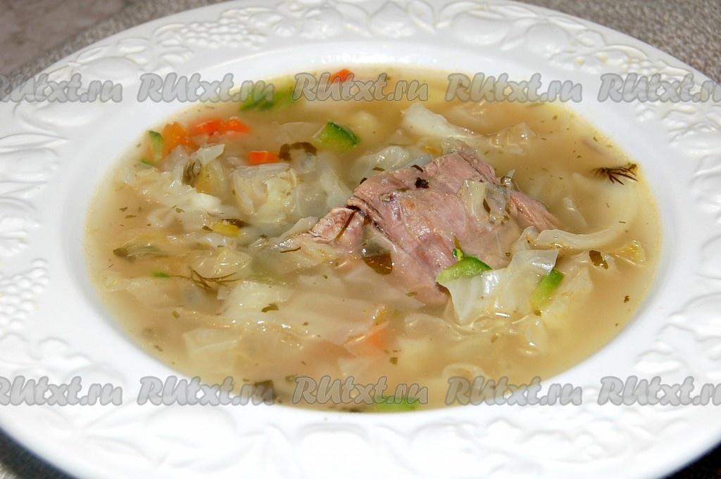 Как приготовить салат с пекинской капустой и сварить щи или суп капусняк