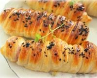 Печеные сосиски в тесте - рецепт пошаговый с фото