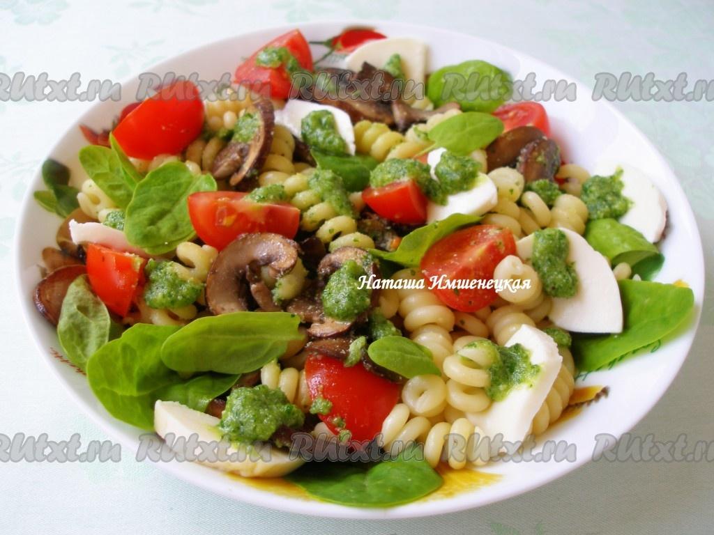 салат с колбасой грибами рецепт с фото