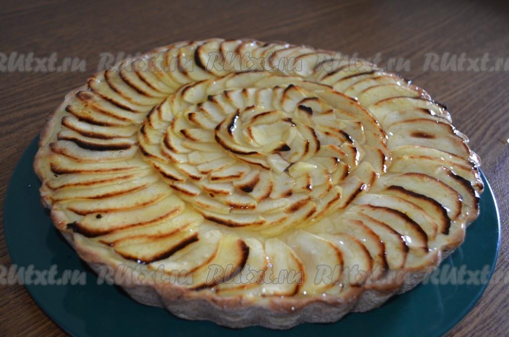 рецепт песочного пирога с яблоками в желе с фото