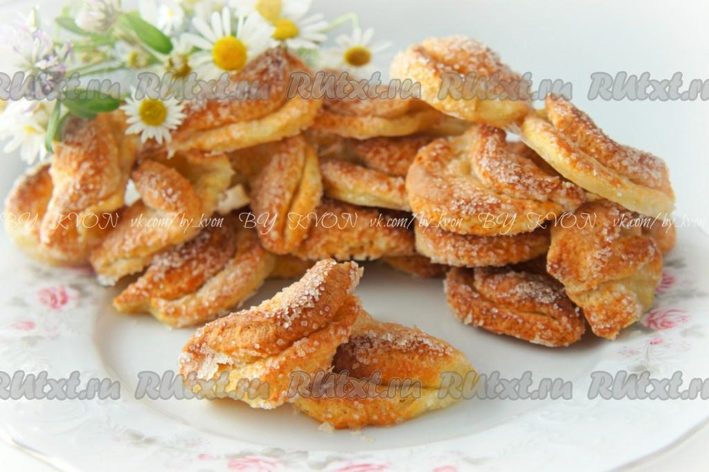 Курица в горшочках со сметаной и картошкой рецепт с фото
