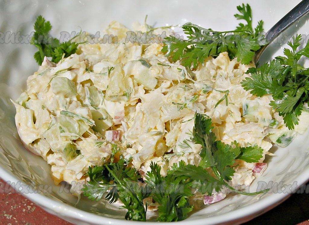 Рецепты салатов из рыбы горячего копчения новые фото