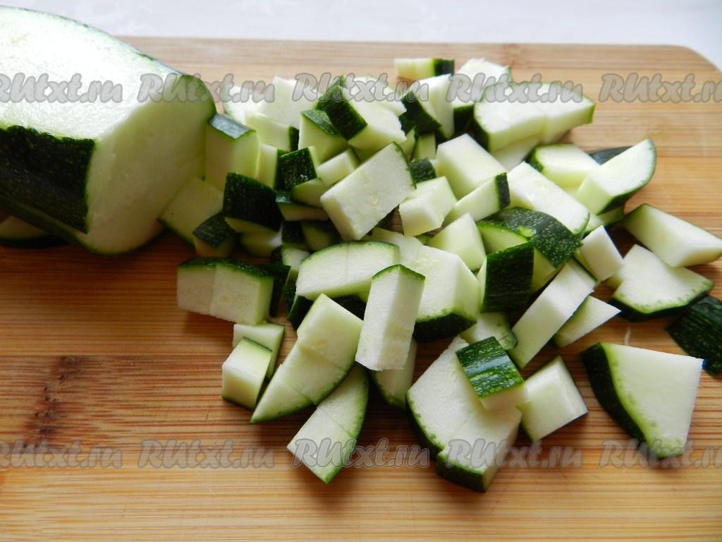 рецепт овощного супа на мясном бульоне