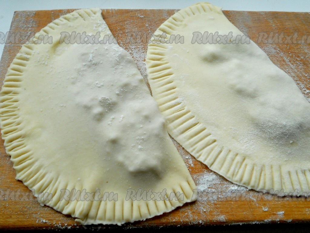 Тесто на чебуреки рецепт с горячим маслом