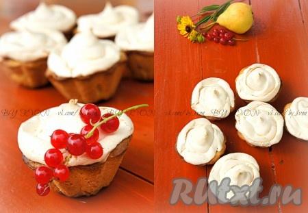 Бисквитное пирожное с белковым кремом - пошаговый рецепт