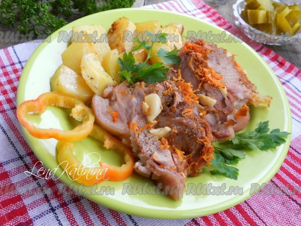 рецепт запекания свиной рульки в духовке по польски