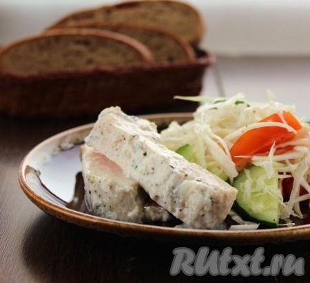 """Куриное филе """"Нежность"""" прекрасно сочетается с любым гарниром, очень вкусно с салатом из свежих овощей."""