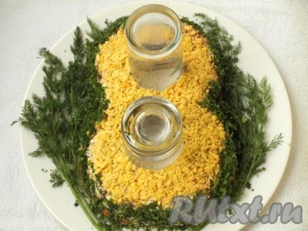 Салат 8 Марта станет ярким украшением праздничного стола