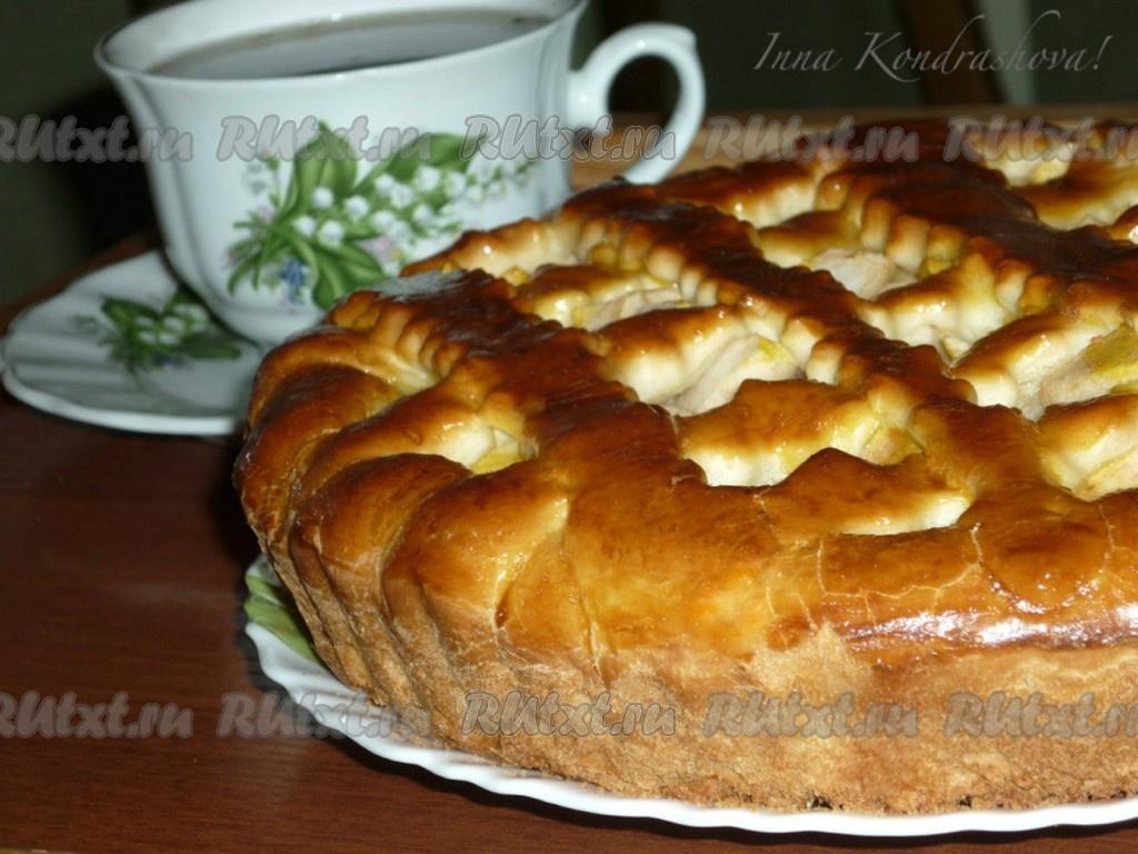 Открытый пирог с яблоками из готового дрожжевого теста рецепт