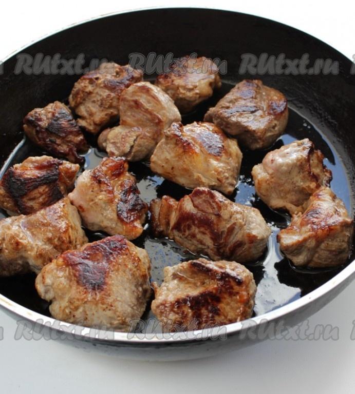 Свиная шейка кусочками на сковороде рецепт