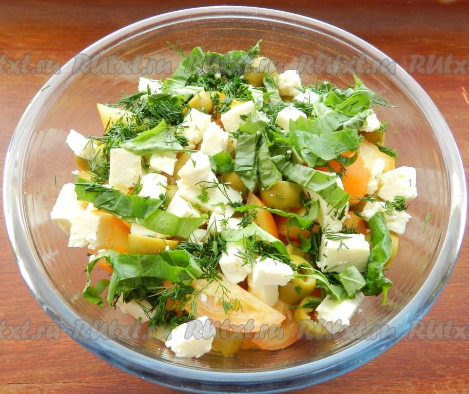 Салат с базиликом и помидорами рецепт с